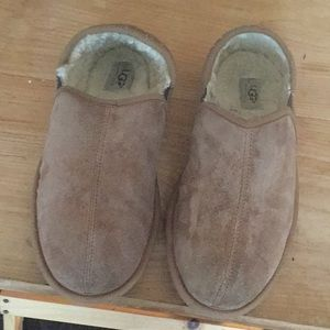 Men ugg slippers sz 11 suede sheepskin 5112